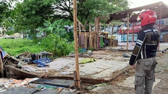 Makin Banyak Warung yang Dibongkar di Kawasan GOR Jayabaya Kediri