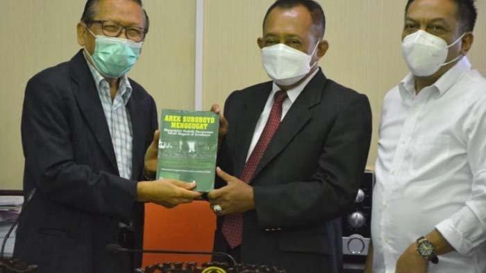 Wawali Cak Ji: Pemkot Surabaya Gak Gandoli Surat Ijo