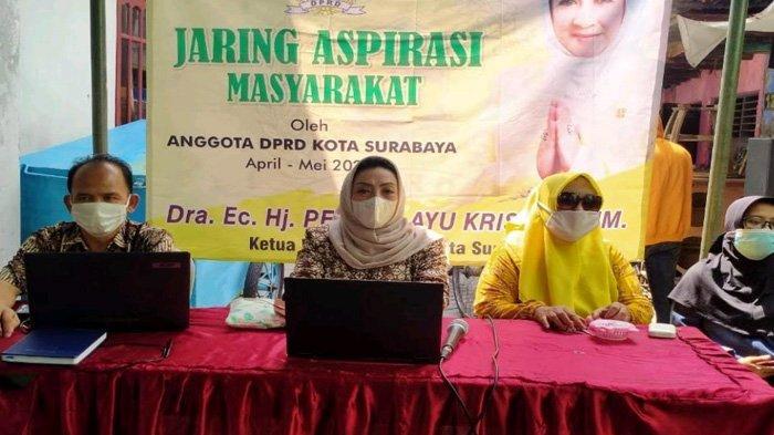 Masih Banyak Warga Surabaya Tidak Punya HP, Takut Anak-Anaknya Tak Bisa Daftar PPDB