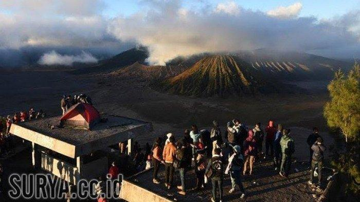 Gunung Bromo Dibuka Kembali untuk Wisatawan, Pengunjung Dibatasi