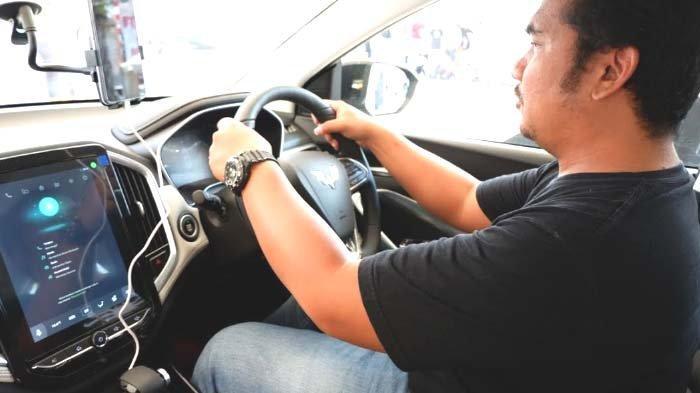 Fitur Perintah Suara Berbahasa Indonesia Unggulan Wuling Seri Almaz Smart Technology SUV