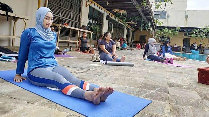 Memanajemen Stres Melalui Yoga, Lakukan Gerakan Lembut untuk Menenangkan Pikiran