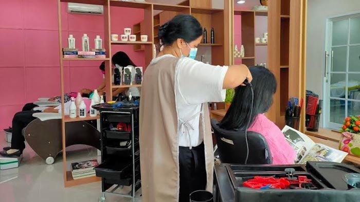Lengkapi BLUD, SMKN 6 Surabaya Resmikan Salon Kecantikan Profesional