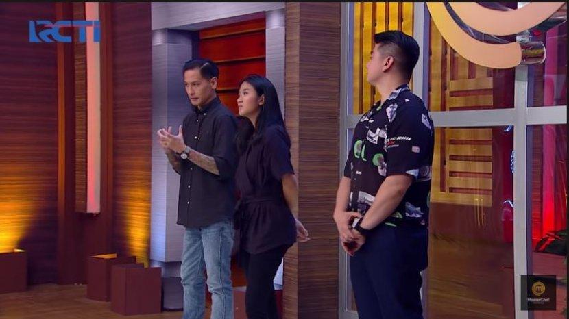 ketiga-juri-masterchef-indonesia-8-di-tantangan-episode-4.jpg