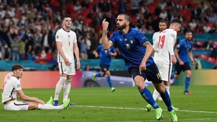 leonardo-bonucci-merayakan-golnya-ke-gawang-inggris.jpg
