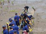 12000-bibit-pohon-mangrove-di-pantai-desa-semare-kecamatan-kraton-kabupaten-pasuruan.jpg