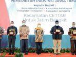 4-bupati-di-jatim-terima-penghargaan-dari-gubernur-khofifah.jpg