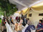 acara-pernikahan-tak-sesuai-prokes-di-surabaya.jpg