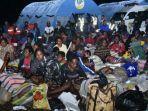 aksi-keji-kkb-papua-paksa-917-warga-tembagapura-mengungsi-ke-timika.jpg