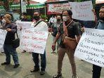 aksi-solidaritas-wartawan-di-lamongan.jpg