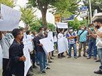 aksi-solidaritas-wartawan-di-tuban.jpg