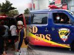 ambulans-gratis-yang-diinisiasi-oleh-seorang-polisi-di-surabaya.jpg