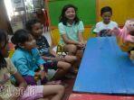 anak-anak-kampung-literasi-menyimak-dongeng_20171005_001435.jpg