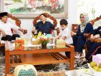 anggota-dewan-pertimbangan-presiden-watimpres-suharso-monoarfa-bersama-keluarga.jpg