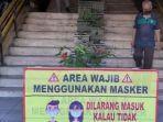 aturan-wajib-bermasker-di-pasar-genteng-surabaya.jpg