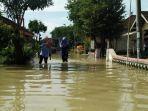 banjir-di-dawarblandong-mojokerto-kembali-merendam-puluhan-rumah-warga.jpg