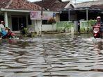banjir-di-sidoarjo-belum-surut.jpg