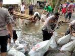 banjir-di-wonodadi-blitar-2562021.jpg