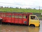 banjir-porong-sidoarjo-16-februari-2018_20180216_171155.jpg