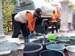 bantuan-air-bersih-dari-bpbd-untuk-warga-terdampak-kekeringan.jpg