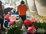 bantuan-bahan-makanan-untuk-warga-terisolasi-di-kediri.jpg