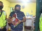 bantuan-sosial-sasar-pedagang-di-desa-panjunan.jpg