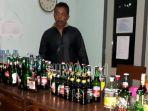barang-bukti-puluhan-botol-miras-yang-dijual-ilegal.jpg