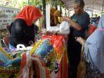 bazar-ramadan-di-kecamatan-gayungan-jalan-masjid-agung-timur.jpg