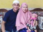bek-persebaya-abu-rizal-maulana-rodeg-bersama-keluarga.jpg