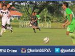 berista-surabaya-united-mantan-pemain-arema-cronus_20160327_202249.jpg