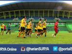 berita-arema-cronus-sepakbola_20160703_154119.jpg