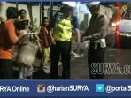 berita-bangkalan-madura-patroli-sahur_20160612_195458.jpg