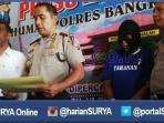 berita-bangkalan-pengedar-simpan-sabu-di-motor_20160525_161854.jpg