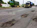 berita-jalan-berlubang-mojokerto-jombang_20170206_081113.jpg
