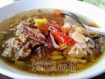 berita-kuliner-sup-balungan_20170305_140909.jpg