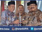 berita-lamongan-penghargaan-dari-gubernur-soekarwo_20160511_201224.jpg