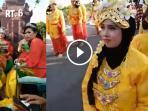 berita-malang-raya-festival-kampung-cempluk_20160920_165814.jpg