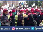 berita-mojokerto-demo-buruh_20161117_153054.jpg