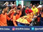berita-pasuruan-basarnas-evakuasi-jenazah-pendaki_20161214_200648.jpg