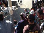 berita-ribuan-penumpang-menumpuk-di-surabaya.jpg