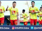 berita-surabaya-bhayangkara-fc_20161128_102431.jpg