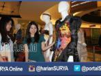 berita-surabaya-jatim-fashion-desigen_20160502_195926.jpg