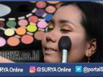 berita-surabaya-kosmetik-make-up_20161021_143639.jpg