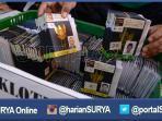 berita-surabaya-paspor-jamaah-haji_20160801_092234.jpg