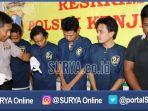 berita-surabaya-pecandu-sabu_20161205_160307.jpg
