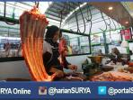 berita-surabaya-pedagang-daging2_20160528_155551.jpg