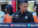 berita-surabaya-pengedar-dan-pembelin-narkoba-ditangkapn-polrestabes-surabaya_20161019_223611.jpg