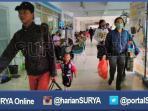 berita-surabaya-penumpang-di-terminal-purabaya-surabaya_20160704_181251.jpg