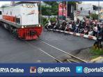 berita-surabaya-perlintasan-kereta-api_20160714_113332.jpg