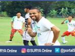 berita-surabaya-striker-bhayangkara-fc-thiago_20161107_193145.jpg